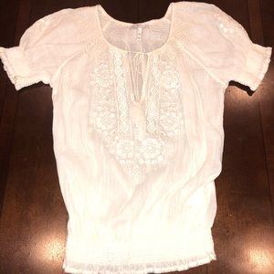EUC Joie gauze embroidered peasant top size xxs